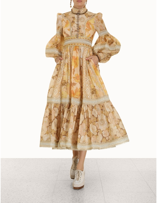 Tempo Spliced Trim Gown