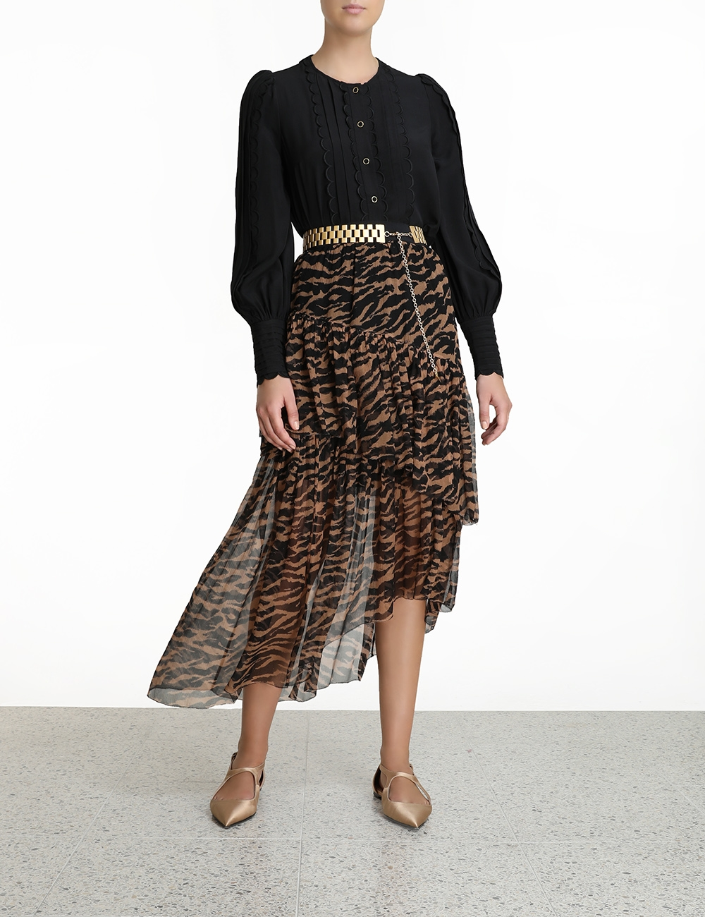 Wavelength Asymmetric Skirt