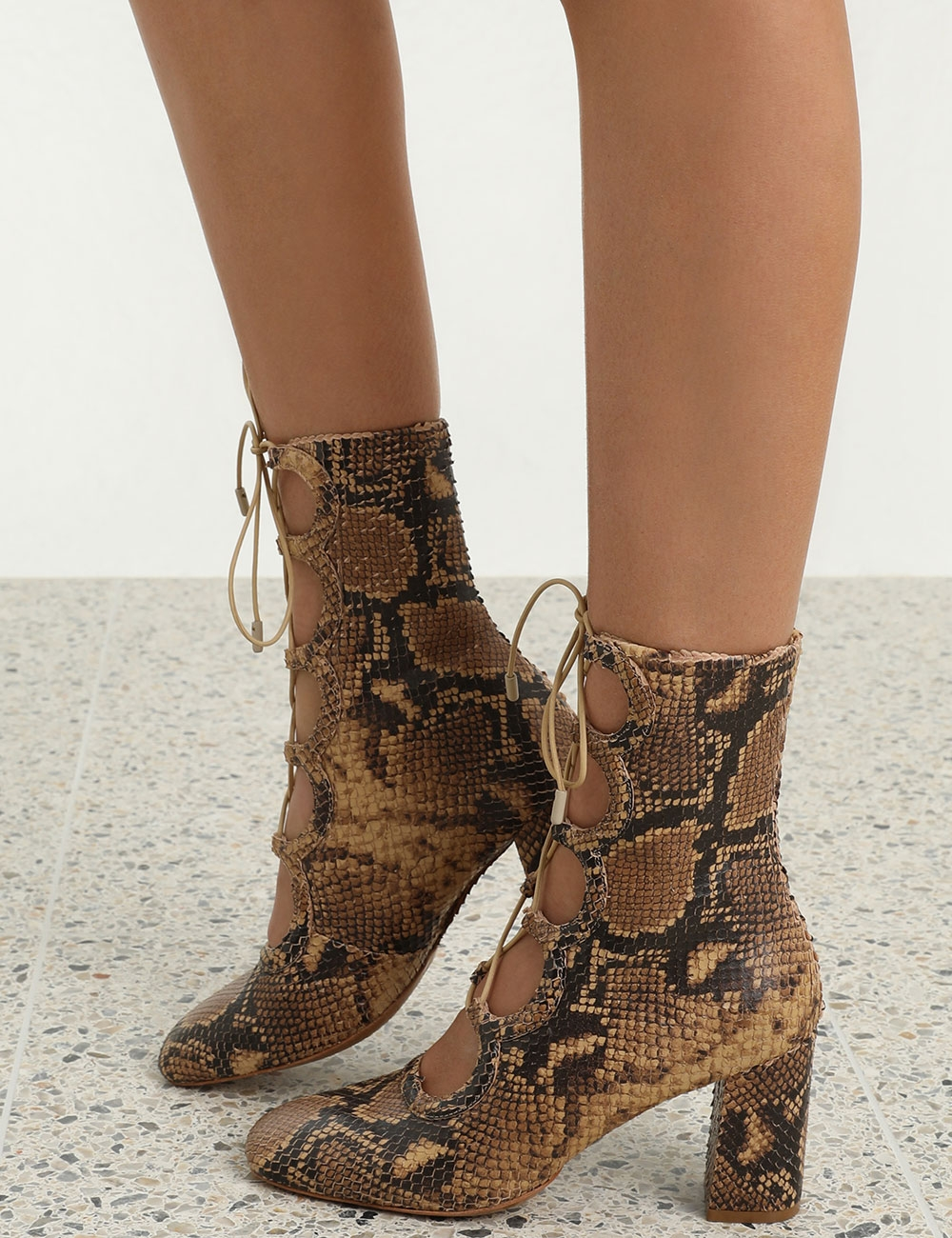 Scallop Mid Bootie