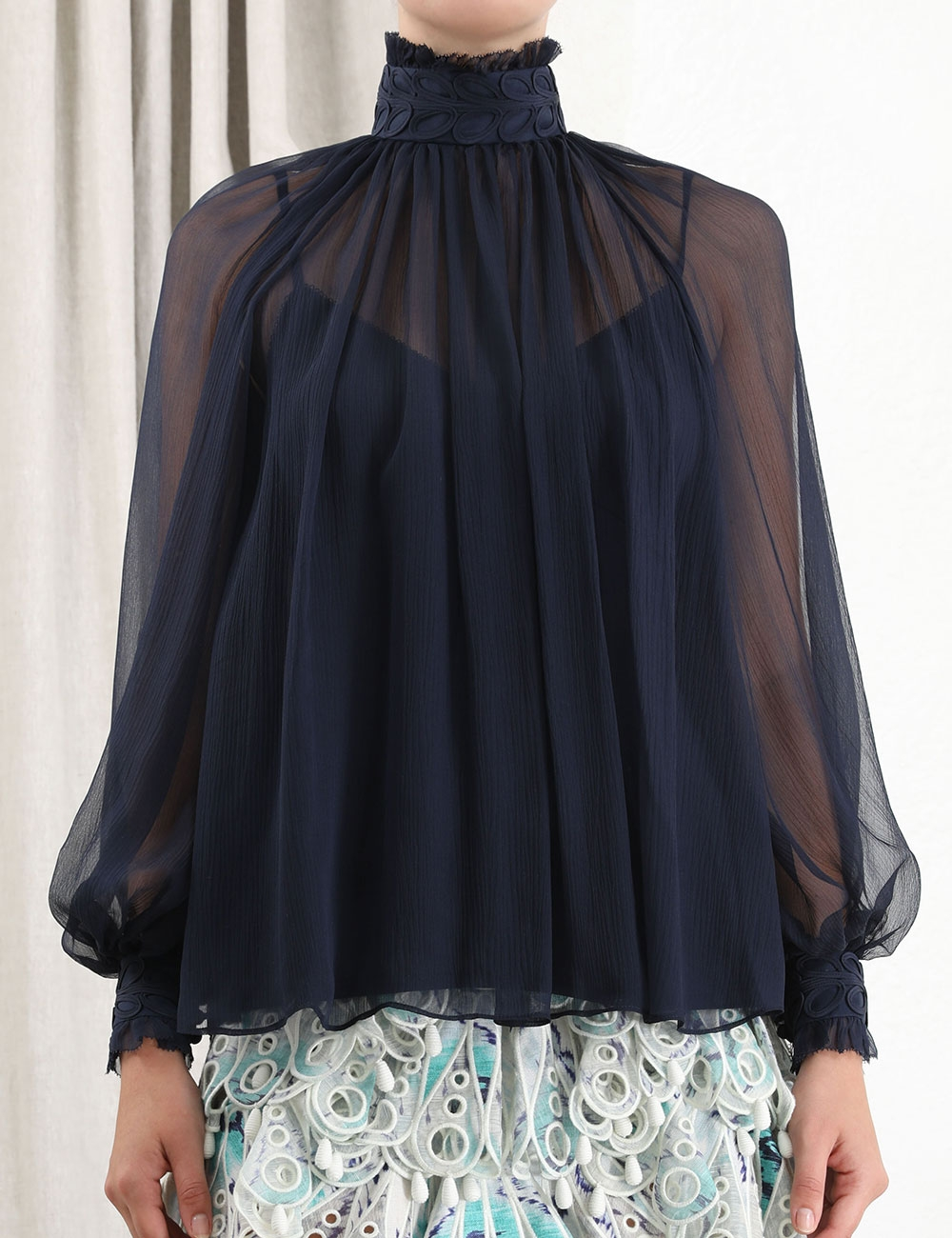 Glassy Rouleaux Swing Blouse