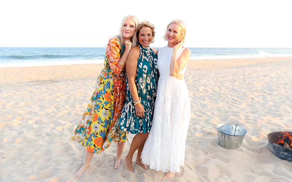 Laura Brown, Katie Couric and Naomi Watts on the beach
