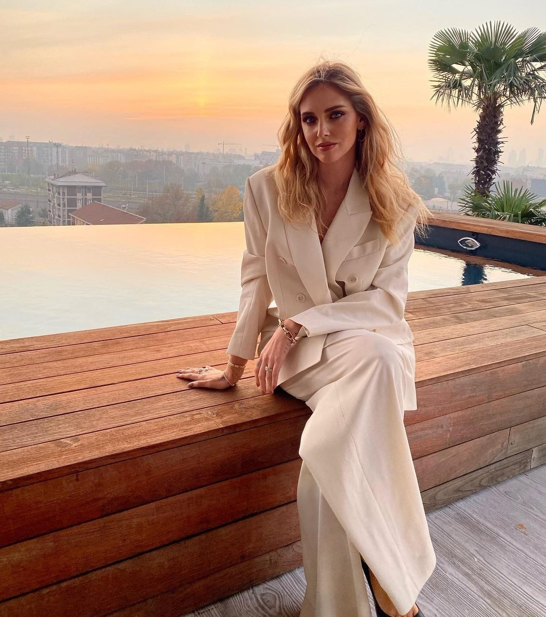 Chiara Ferragni wears the Botanica Man Style Blazer and Pants