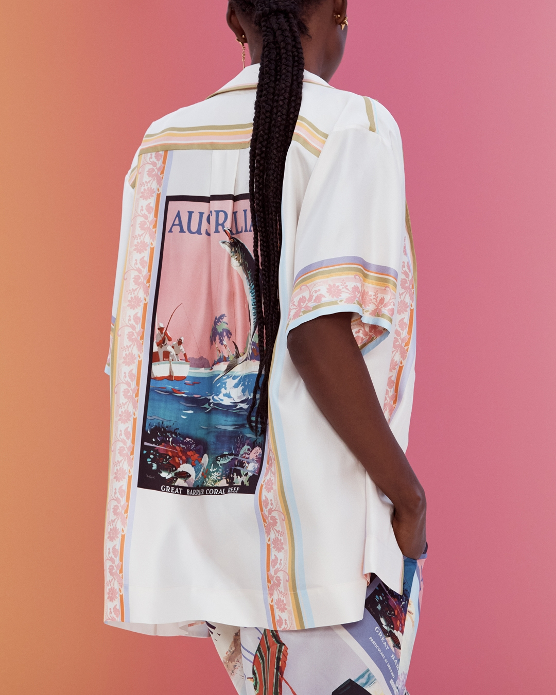 IN THE DETAIL: LOOK 4 RESORT READY TO WEAR 2022, THE POSTCARD