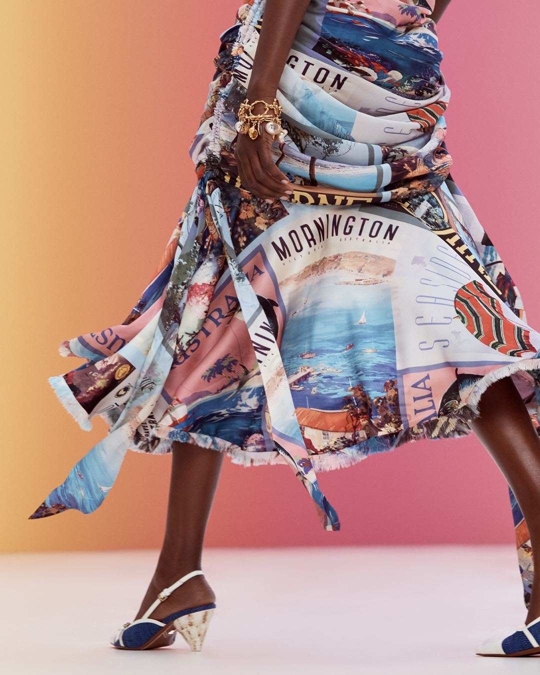 IN THE DETAIL: LOOK 2 RESORT READY TO WEAR 2022, THE POSTCARD