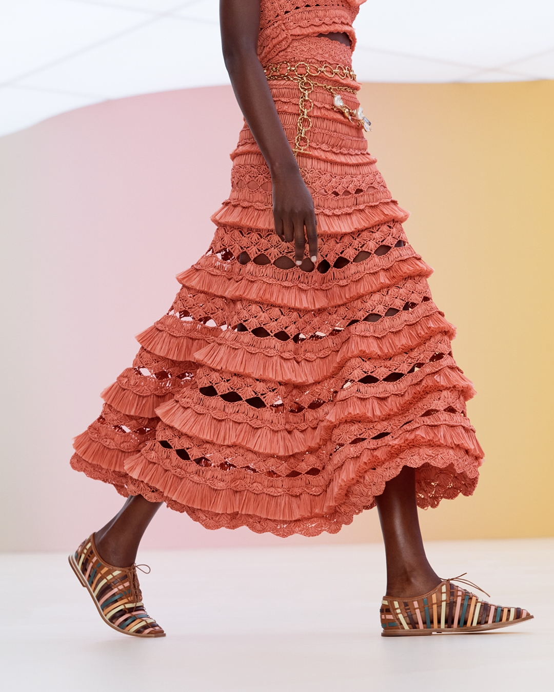IN THE DETAIL: LOOK 15 RESORT READY TO WEAR 2022, THE POSTCARD