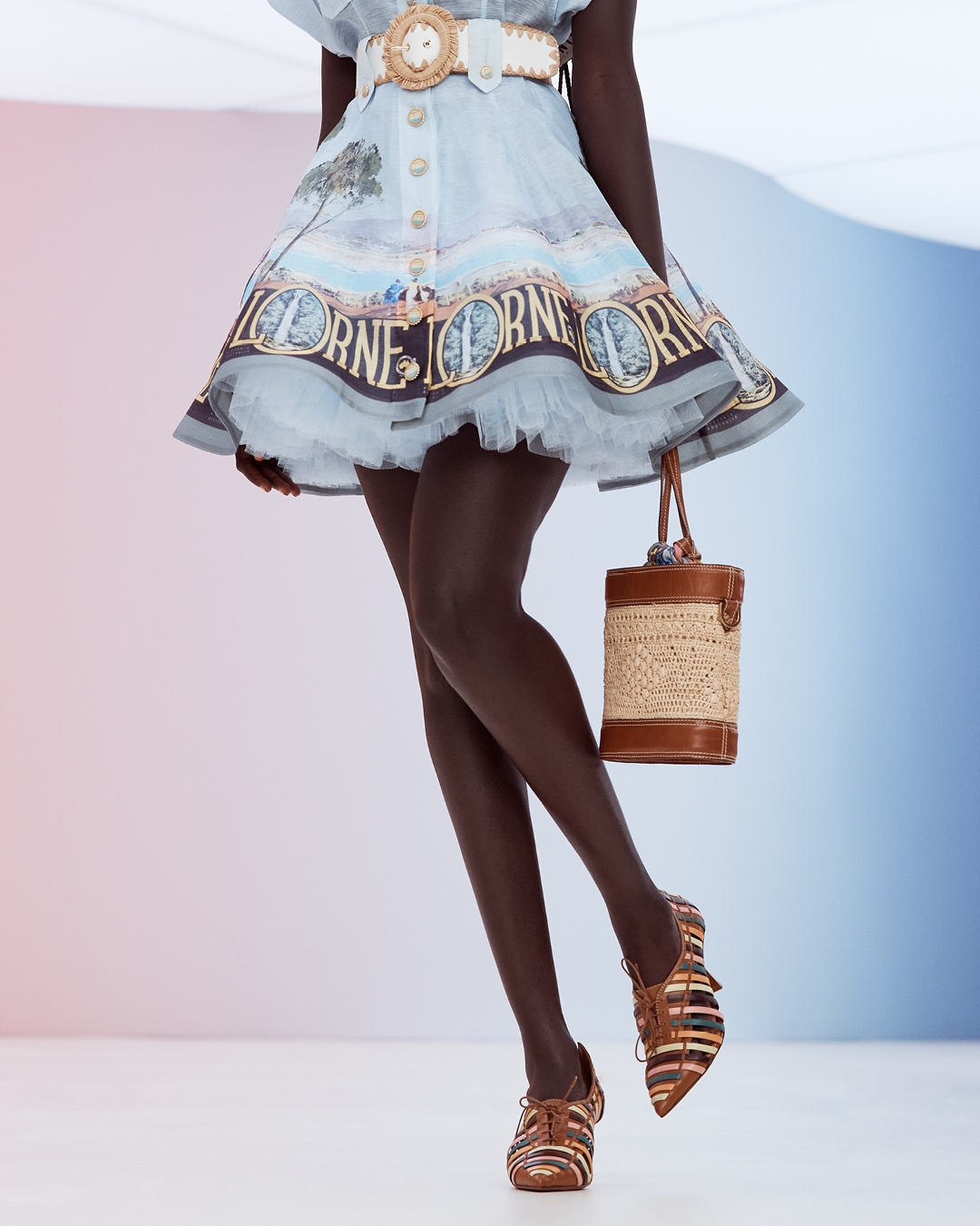 IN THE DETAIL: LOOK 25 RESORT 2022, THE POSTCARD