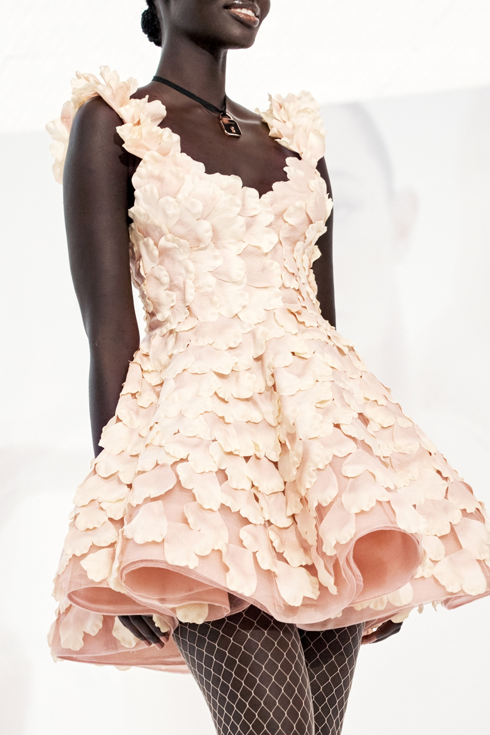 IN THE DETAIL: LOOK 25 SPRING READY TO WEAR 2022