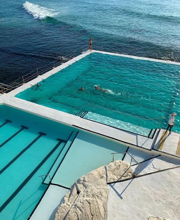 Calm waters at the Bondi Icebergs, December 2018