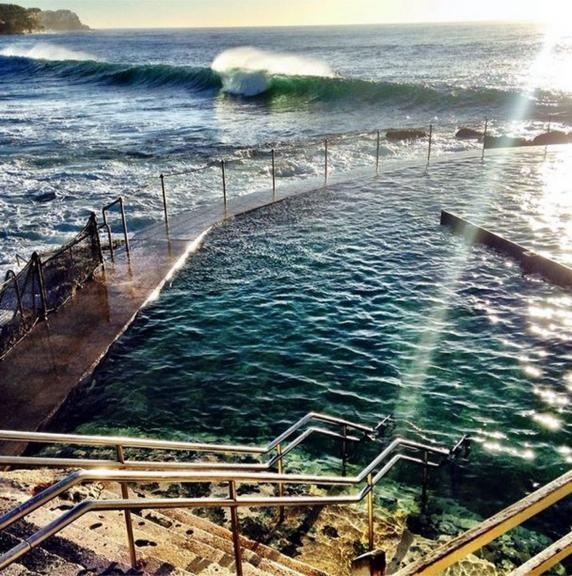 A sunny day at the Bronte Rock Pool