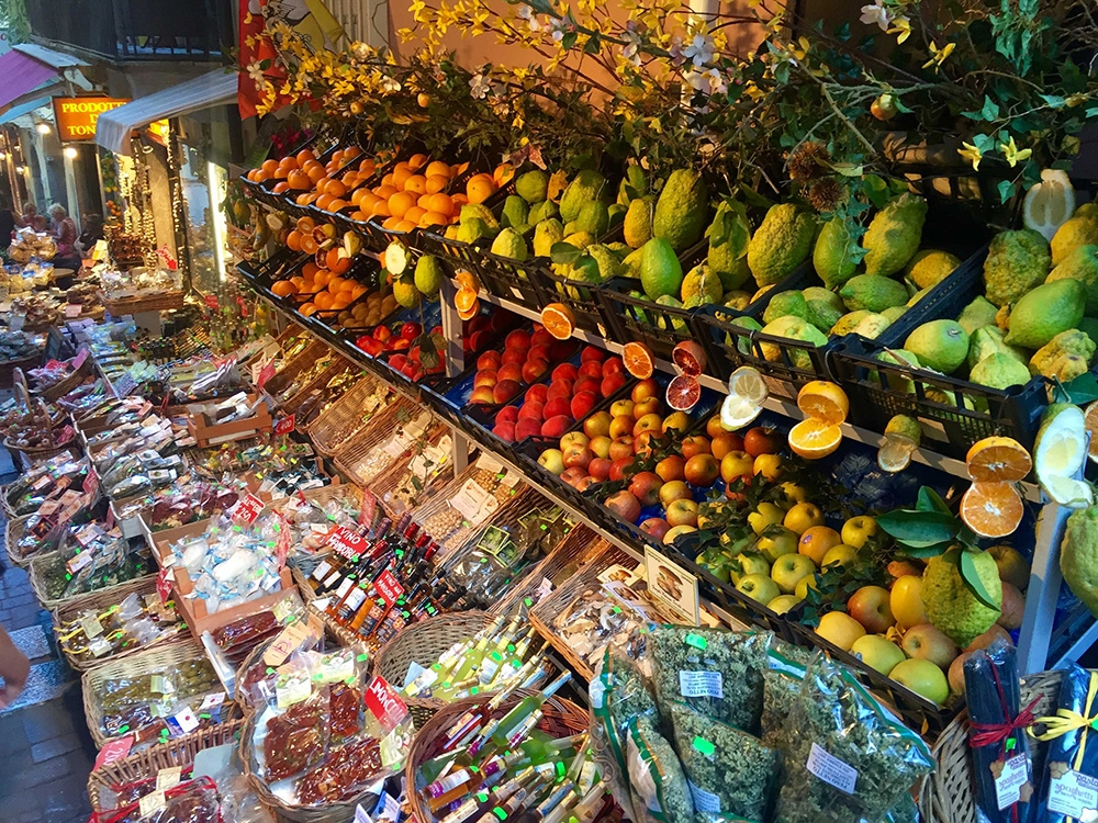 The colourful fruit markets