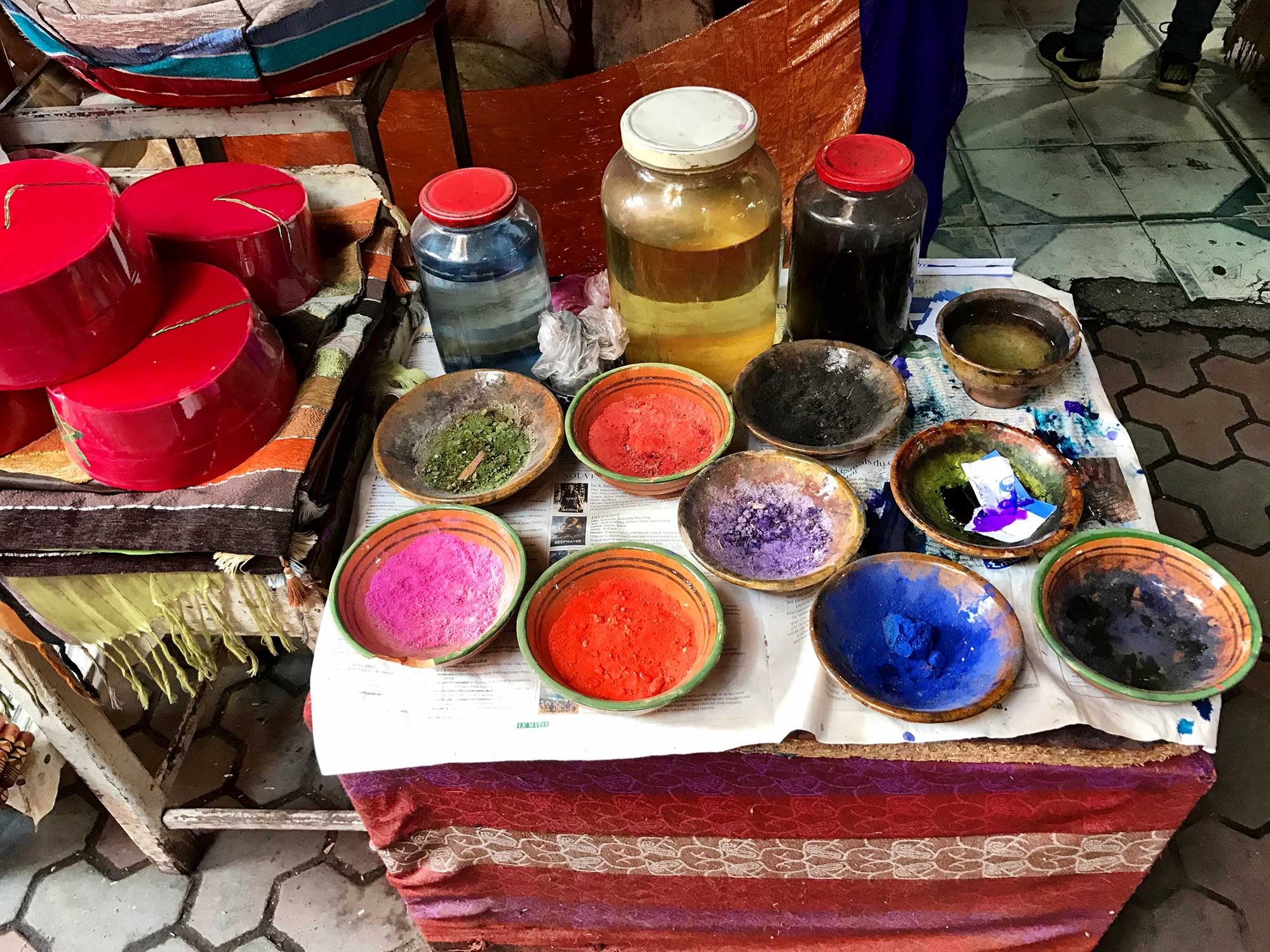 Dye pigments in the Medina