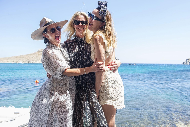 Nicky Zimmermann, Sophie Lee and Marnie Skillings. July 2016